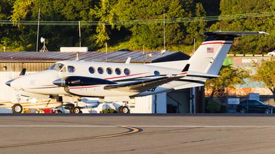 N957CB - Beechcraft B200 Super King Air - Private