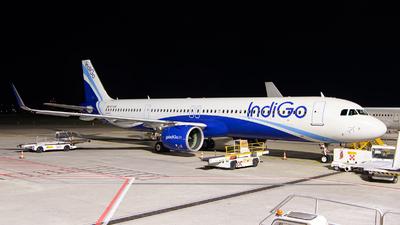 A picture of VTIUH - Airbus A321271NX - IndiGo - © Medolago Manuel