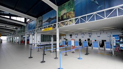 LPPI - Airport - Terminal