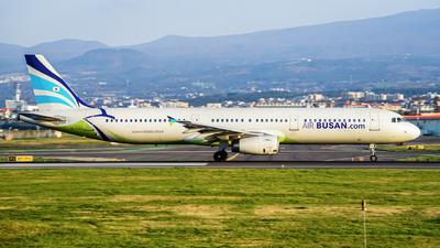 HL7713 - Airbus A321-231 - Air Busan
