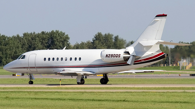 A picture of N290QS - Dassault Falcon 2000 - NetJets - © Jeremy D. Dando
