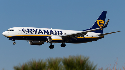 A picture of EIENX - Boeing 7378AS - Ryanair - © Luke Dogan