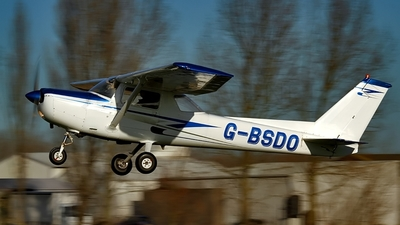 G-BSDO - Cessna 152 - Private
