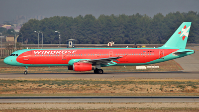 UR-WRJ - Airbus A321-231 - Windrose Air