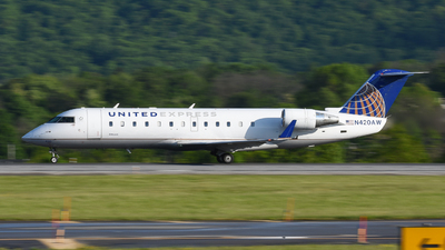 A picture of N420AW - Mitsubishi CRJ200LR - United Airlines - © Jake Oesterreich