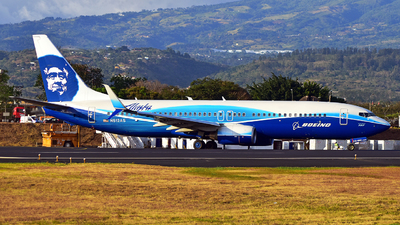N512AS - Boeing 737-890 - Alaska Airlines