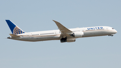 A picture of N16008 - Boeing 78710 Dreamliner - United Airlines - © David W. Wilson