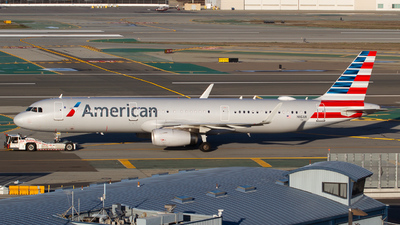 A picture of N116AN - Airbus A321231 - American Airlines - © Owen Peters