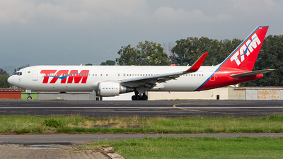 PT-MSW - Boeing 767-316(ER) - TAM Linhas Aéreas