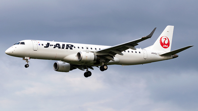 A picture of JA242J - Embraer E190STD - Noble Air Charter - © Yukio023