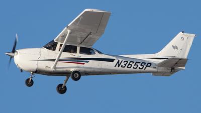 N365SP - Cessna 172S Skyhawk SP - Private