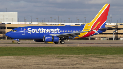 A picture of N959WN - Boeing 7377H4 - Southwest Airlines - © Luke Weigel