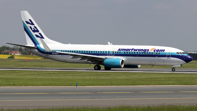 N276EA - Boeing 737-8AL - SmartWings (Swift Air)