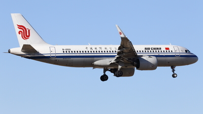 A picture of B1050 - Airbus A320271N - Air China - © ZBAAGypsophila