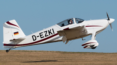 D-EZKI - Vans RV-7 - Private