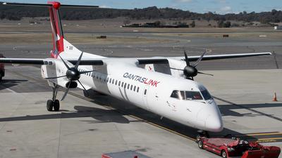 A picture of VHQOK - De Havilland Canada Dash 8400 - QantasLink - © Wal Nelowkin