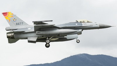 6677 - General Dynamics F-16A Fighting Falcon - Taiwan - Air Force