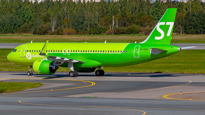 A picture of VPBTB - Airbus A320271N - S7 Airlines - © Jan Syrbo