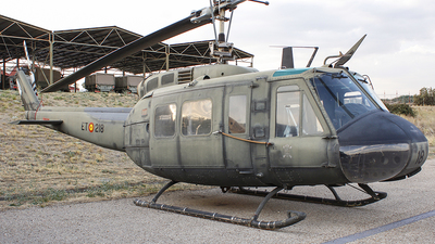 HU.10-44 - Bell UH-1H Iroquois - Spain - Army