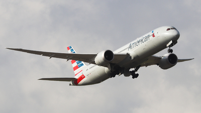 A picture of N831AA - Boeing 7879 Dreamliner - American Airlines - © Charlie-Aviationphotography