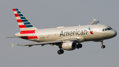 A picture of N733UW - Airbus A319112 - American Airlines - © Gautham Kurup