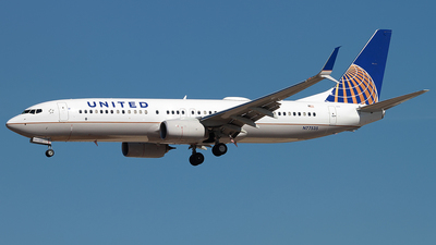 N77535 - Boeing 737-824 - United Airlines