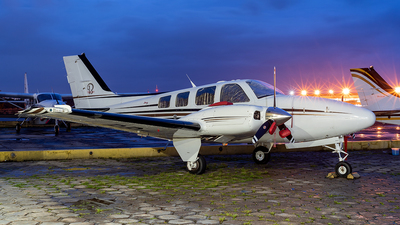PP-MIV - Beechcraft 58 Baron - Private