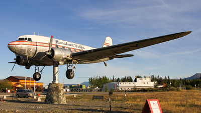 CF-CPY - Douglas DC-3 -