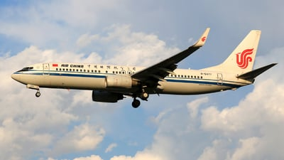 B-5477 - Boeing 737-89L - Air China