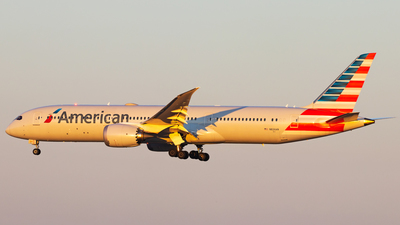 A picture of N826AN - Boeing 7879 Dreamliner - American Airlines - © Andrew Jeng