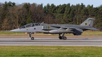 XX838 - Sepecat Jaguar T.4 - United Kingdom - Royal Air Force (RAF)