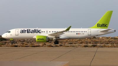 YL-CSI - Bombardier CSeries CS300 - Air Baltic