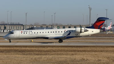 A picture of N331CA - Mitsubishi CRJ701ER - Delta Air Lines - © DJ Reed - OPShots Photo Team