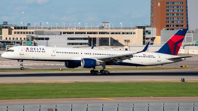 N589NW - Boeing 757-351 - Delta Air Lines