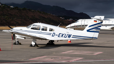 D-EKUW - Piper PA-28RT-201T Turbo Arrow IV - Private