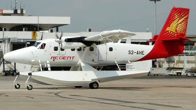 S2-AHE - Viking DHC-6-400 Twin Otter - Regent Airways