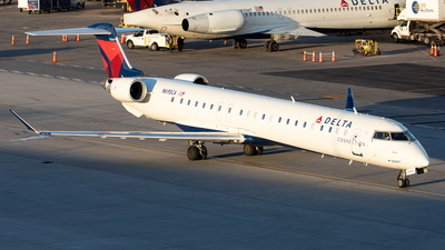 A picture of N695CA - Mitsubishi CRJ900LR - Delta Air Lines - © Alexandre Fazan