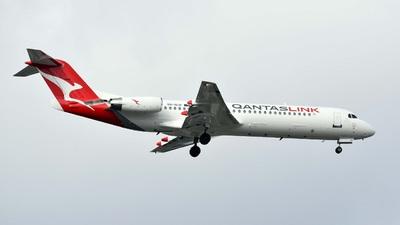 VH-NHP - Fokker 100 - QantasLink
