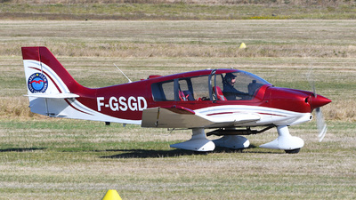 F-GSGD - Robin DR400/140B Major - Private