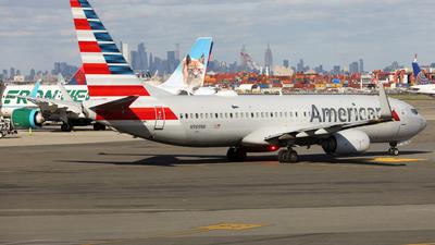 N989NN - Boeing 737-823 - American Airlines