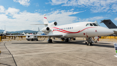A picture of FHRAY - Dassault Falcon 900LX - [288] - © Wee Howe Low