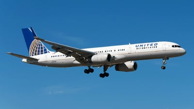 A picture of N21108 - Boeing 757224 - United Airlines - © Rui Marques