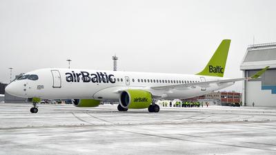 YL-CSA - Bombardier CSeries CS300 - Air Baltic