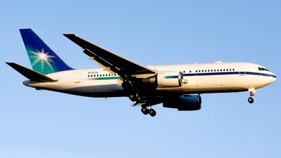 N767A - Boeing 767-2AX(ER) - Untitled