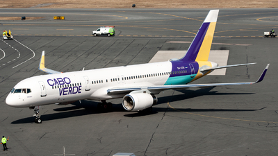 A picture of D4CCH - Boeing 757256 - Cabo Verde Airlines - © OCFLT_OMGcat