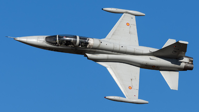 AE.9-18 - CASA SF-5B(M) Freedom Fighter - Spain - Air Force