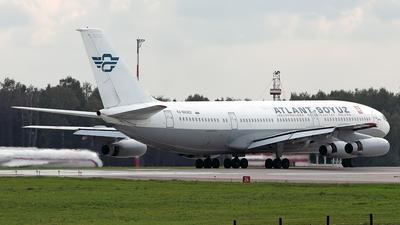 RA-86082 - Ilyushin IL-86 - Atlant-Soyuz Airlines