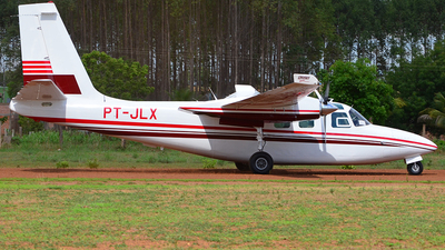 PT-JLX - Rockwell 500S Shrike Commander - Private