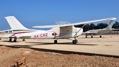 4X-CHZ - Cessna R182 Skylane RG II - AIM Aviation
