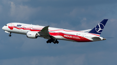 A picture of SPLSC - Boeing 7879 Dreamliner - LOT - © Igor Piotrowicz